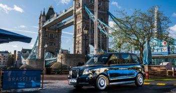New zero-emissions taxi to be shod with Maxxis tires