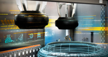 Siemens collaborates with McNeil & NRM on curing press digital twin